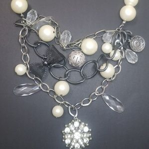 Jewelry - Pearl/ Charms Necklace